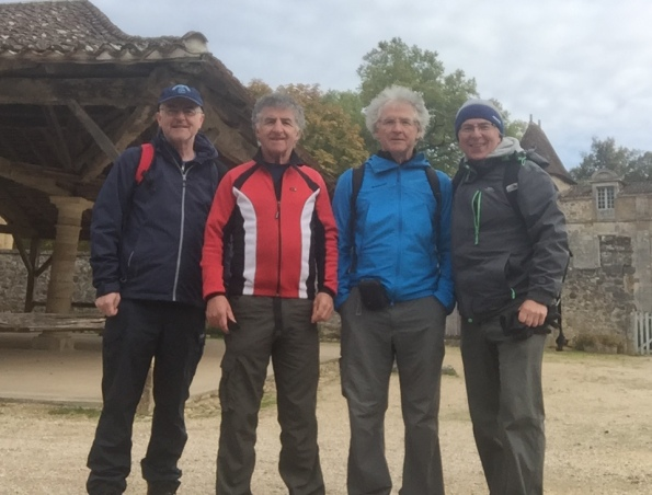 four-walkers-in-france